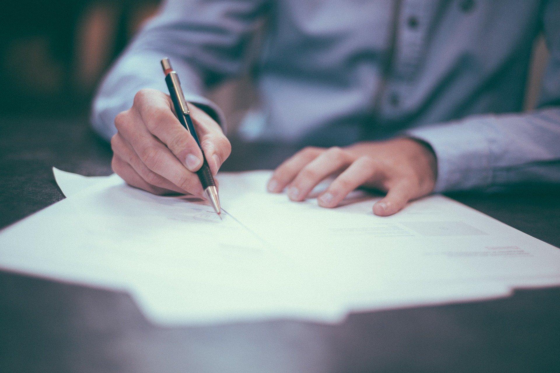 Diploma in amministrazione e marketing finanziario, come funziona?